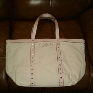 Large Victoria's Secret tote New with Tags